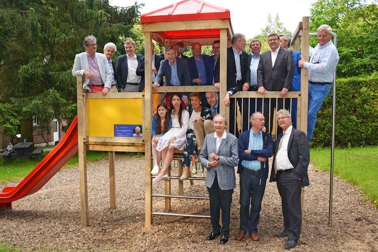 Nieuw speeltuig voor Monterosa (incl. Lions)